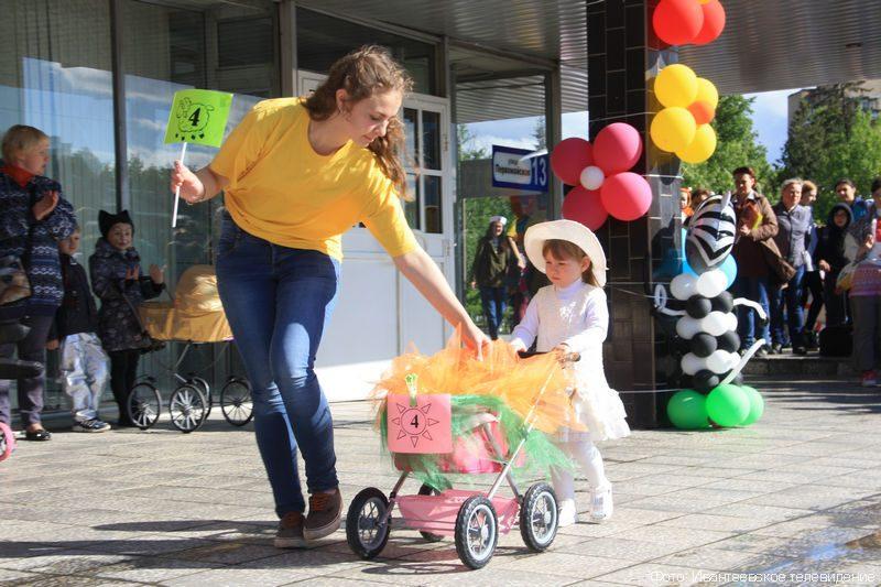 парад колясок фото оригинальные в украине почему мне