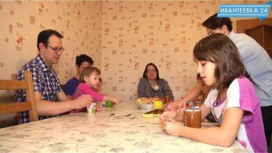 Photo of В гостях у многодетной семьи Колесниковых в новой квартире в Ивантеевке