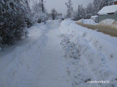 Улицы Ивантеевки после уборки снега 03