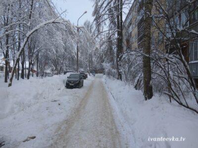 Улицы Ивантеевки после уборки снега 11