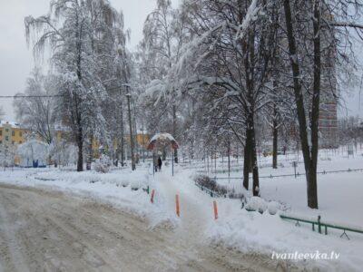 Улицы Ивантеевки после уборки снега 27