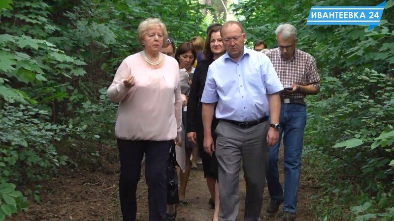 министр в лесопитомнике Ивантеевки