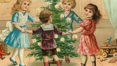 дети отмечают Новый год
