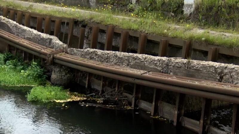 плотина Уча разрушен