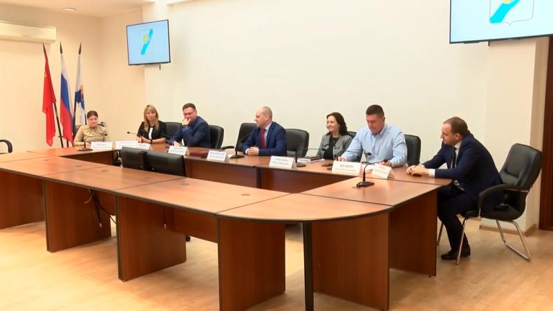В городской администрации состоялось оперативное совещание 00 01 46
