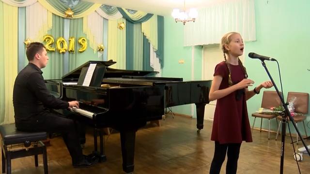 Концерт хорового отдела ДМШ «Крылатые качели» 00 00 34