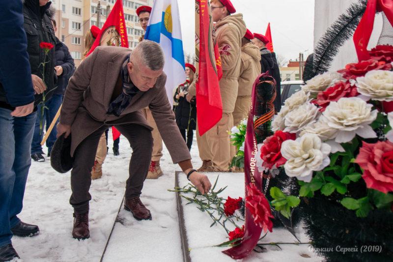 Жители Ивантеевки провели памятные митинги к 78-й годовщине контрнаступления под Москвой