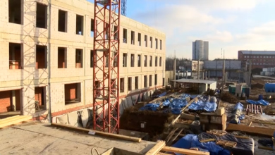 Photo of Максим Красноцветов проконтролировал темпы строительства социальных объектов