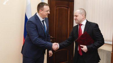 Photo of Максим Красноцветов поздравил сотрудников следственных органов