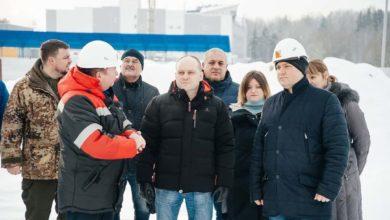 Photo of Максим Красноцветов проверил ход работ по строительству новой школы на 1100 мест