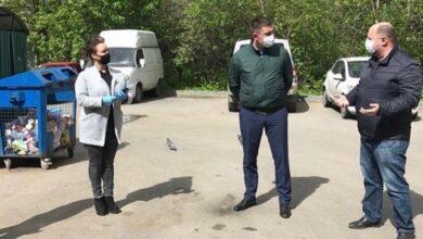 Photo of В Ивантеевке проведен рейд по проверке соблюдения мер выполнения санитарной обработки и очистки мусорных контейнеров.