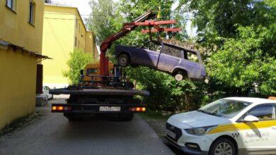 Photo of С начала лета городские службы Ивантеевки вывезли с дворовых территорий 4 бесхозных автомобиля
