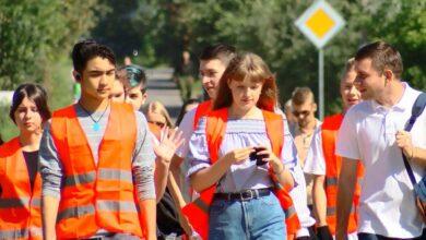 Photo of Уборкой против шашлыка. Трудовые молодежные бригады приступили к работе (видео