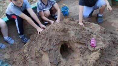 Photo of В детском саду «Улыбка» прошли тематические занятия к Дню строителя