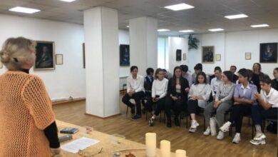 Photo of Сегодня в Художественной галерее городской библиотеки прошёл «Пушкинский вечер»